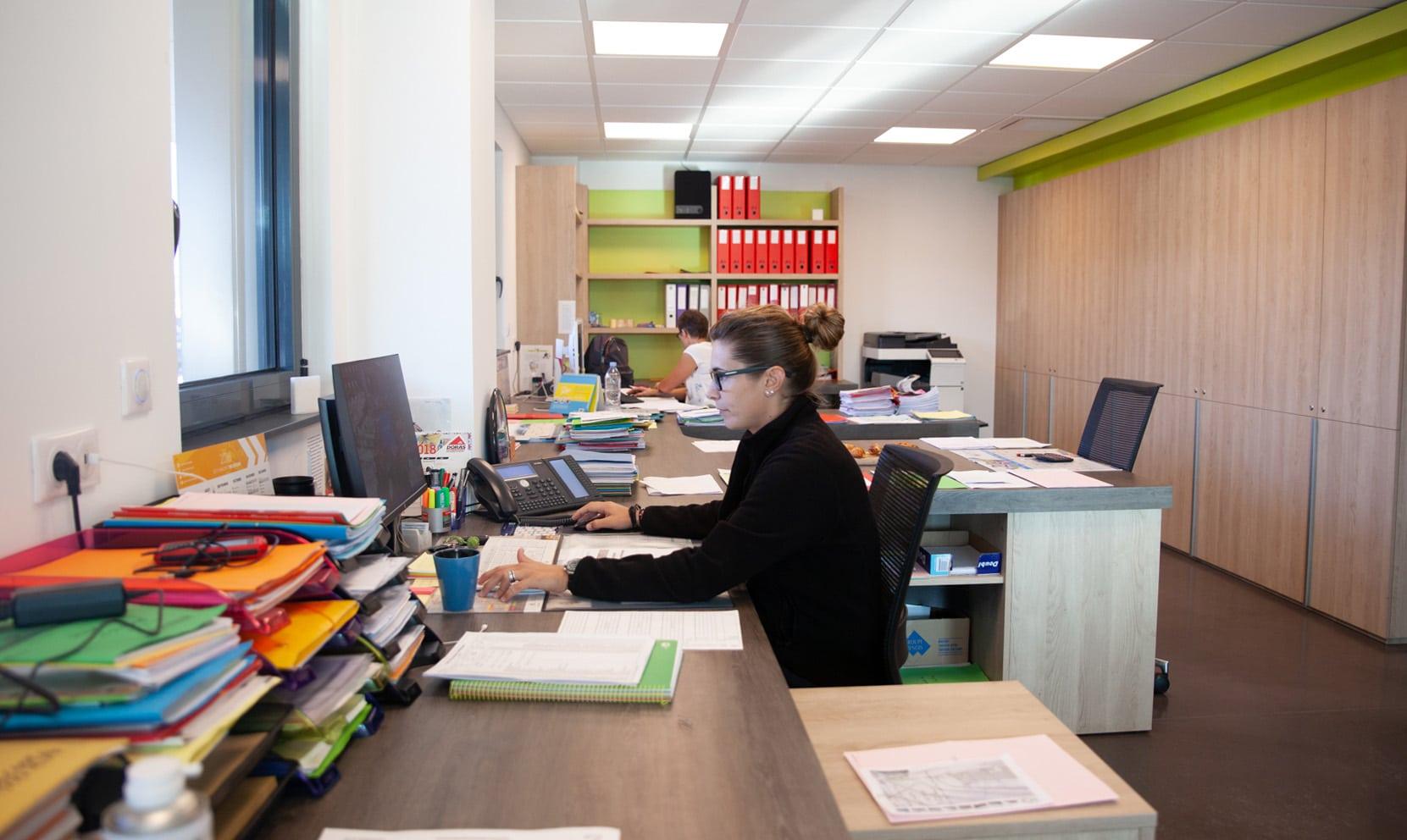 Service comptabilité 2F Construction